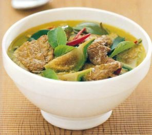 thai-green-curry-beef-popular-550x490